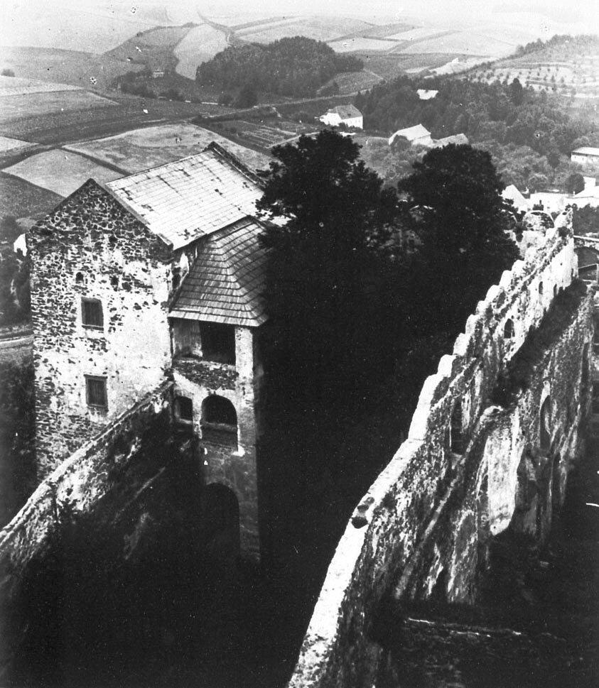 16_bolków__zamek_1940.jpg
